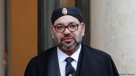 """حين """"غضب"""" الملك محمد السادس من طائرات جبل طارق المحمّلة بالحشيش المغربي"""