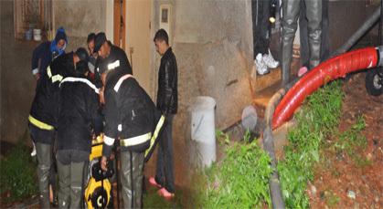 باشا المدينة يتدخل لمساعدة عائلة بعد انسداد الواد الحار وخروج المياه من مرحاض المنزل