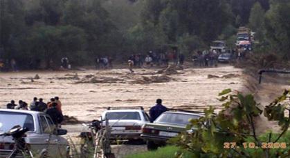 """القرى  الوقعة على جنابات """"إغزار أمقران"""" بتمسمان متخوفة من فيضانات محتملة للوادي"""