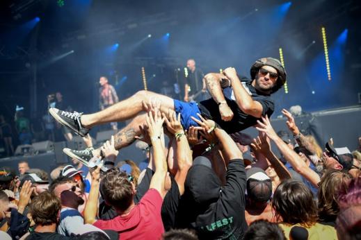 """جامعة ألمانية """"تدرُس"""" حفلات موسيقية لاختبار مدى تفشّي كورنا في التجمّعات الكبيرة"""