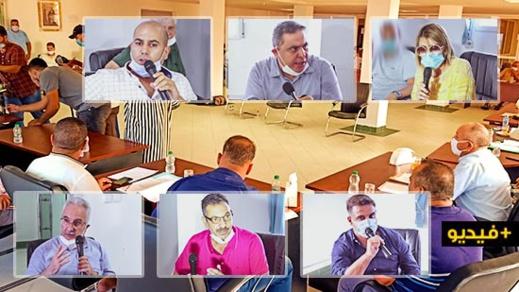 مجلس جماعة الناظور يناقش تملص الموظفين من المسؤولية ويصادق على نقطة الهيكل التنظيمي
