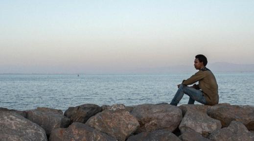 بوبكر ديالو.. مهاجر غيني بالناظور يضع الشواهد على قبور المهاجرين الغرقى