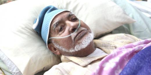 وفاة أيقونة المسرح المغربي عبد الجبار الوزير بعد صراع مع المرض