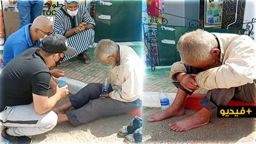 شاهدوا: حالة مؤثرة جدا.. مواطن بالناظور ضعيف السمع والبصر يعيش التشرد ومطالبات بإنقاذه