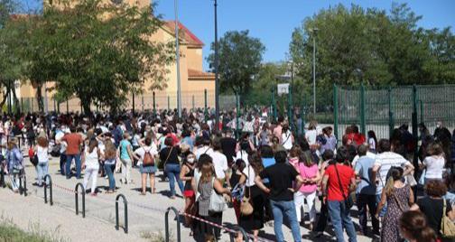 انطلاق الموسم الدراسي الجديد في اسبانيا وسط تخوفات من فيروس كورونا