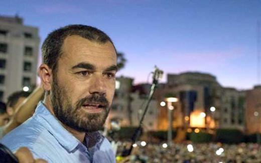 بعد أزيد من 20 يوما.. الزفزافي يوقف إضرابه عن الطعام