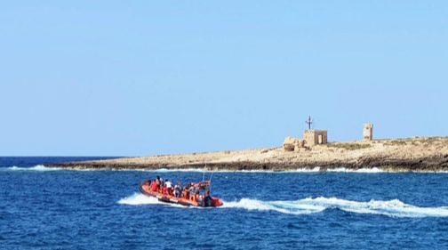 اعتقال جزائريين اثنين من مهربي البشر نحو السواحل الإسبانية