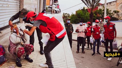 العروي.. السلطات والجمعيات المدنية تنخرط في حملة تحسيسية كبرى للوقاية من كورونا وتوزّع كمامات