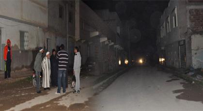 انقطاع التيار الكهربائي وسط حي الجديد بزايو يثير غضب الساكنة