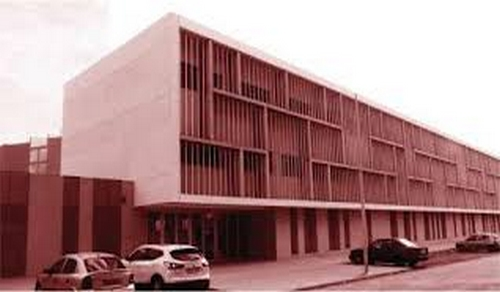 """أول حالة إصابة في المؤسسات التعليمية بالناظور.. إصابة أستاذ بـ""""لوبي ذي فيكا"""" بكورونا يستنفر السلطات"""