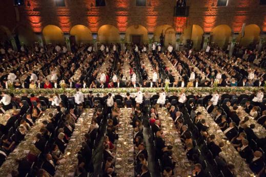 """نوبل.. فيروس كورونا """"يلغي"""" حفل تسليم الجوائز لأول مرة منذ الحرب العالمية الثانية"""