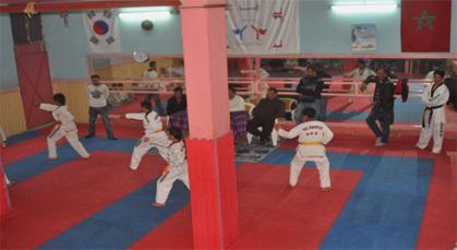نادي النصر للفنون الحربية بزايو ينظم امتحان مختلف أحزمة رياضة التيكواندو