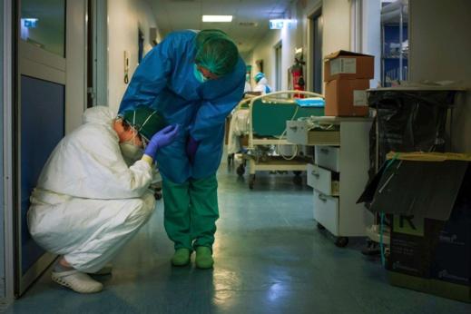 """زيادة 4 آلاف درهم في تعويضات الأخطار المهنية للعاملين في القطاع الصحي.. والنقابات المهنية """"منقسمة"""""""