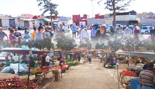 بعد طول انتظار وجدال واحتجاج.. افتتاح السوق الأسبوعي لأزغنغان رسميا غدا الخميس