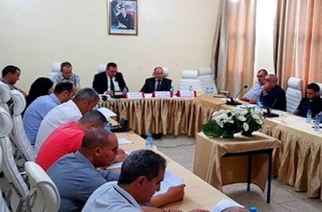 مجلس بني بوعياش يعقد دورة أكتوبر ويصادق على خمس نقط مدرجة في جدول الأعمال