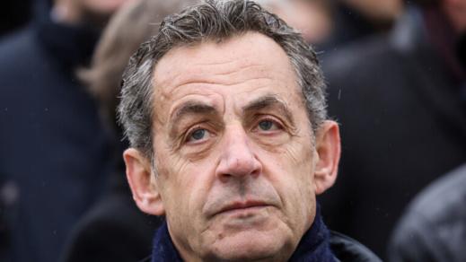 """بداية أطوار محاكمة الرئيس الفرنسي السابق ساركوزي بتهم """"فساد"""""""
