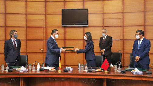 المغرب واسبانيا يوقعان اتفاقية تعاون حول التمكين الاقتصادي للنساء والشباب