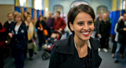 """ابنة بني شيكر نجاة بلقاسم تتوج بلقب """"الوجه السياسي الصاعد"""" في فرنسا ل2012"""