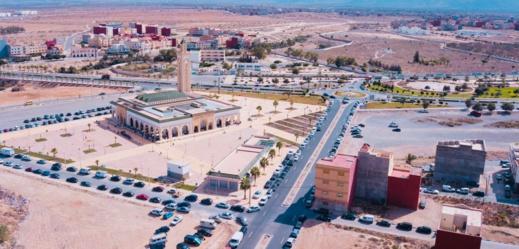 أجواء روحانية وإقبال كثيف على المساجد في أول صلاة جمعة بالعروي