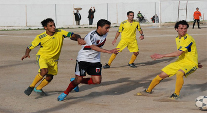 الإتحاد الرياضي الدريوش يمطر النادي الحسيمي بوابل من الأهداف الخياليـة