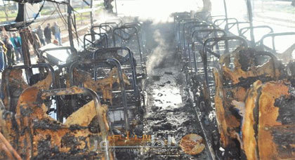 نجاة أزيد من 40 راكبا من حريق مهول اندلع بحافلة بمدينة زايو