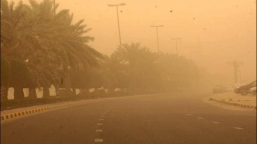 """العواصف الرملية التي """"ضربت"""" المغرب أمس الثلاثاء.. هذا ما وضّحه مصدر من مديرية الأرصاد الجوية"""