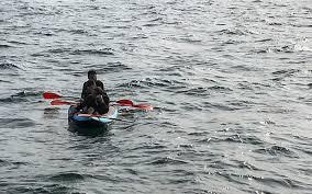 """إيقاف 8 مغاربة كانوا في طريقهم إلى سبتة على متن زوارق """"الكاياك"""""""