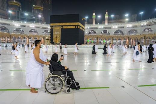 للراغبين في العمرة.. السعودية توضح ضوابط وشروط استقبال المعتمرين القادمين من الخارج