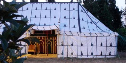 عائلة مغربية ثرية تتحدى كورونا  وتنظم عرسا باذخا
