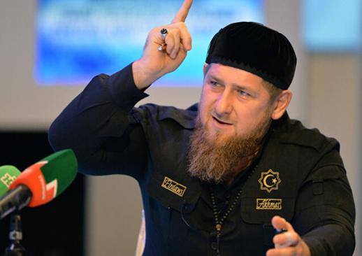 """الرئيس الشيشاني قاديروف لماكرون: """"أنت زعيم الإرهاب وملهم الإرهابيين"""""""