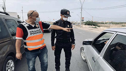 سلطات الناظور تمنع موظفين وعاملين في القطاع الخاص من السفر خلال العطلة