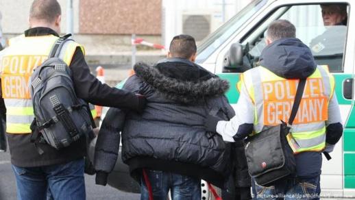 """ألمانيا.. السلطات تلجأ إلى الإغلاق لـ""""كبح"""" الارتفاع المقلق في أعداد المصابين بكورونا"""