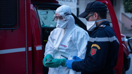 نقل مندوب الصحة بالدريوش إلى مستشفى الحسني بالناظور بعد إصابته بفيروس كورونا