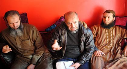 """تونسي متزوج بمغربية يتحدث لـ""""ناظورسيتي"""" بزايو عن رجل أمن تحرش بزوجته"""