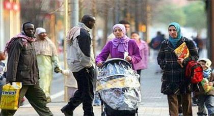 إحصاء: المغاربة أول جالية أجنبية من خارج الاتحاد الأوروبي في إسبانيا