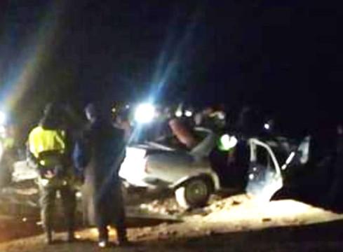 مفجع.. مصرع خمسة أشخاص في حادث اصطدام بين حافلة لنقل المسافرين وسيارة أجرة