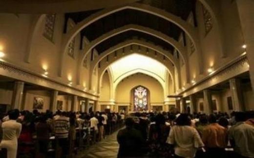 الكنيسة الكاثوليكية ترفض اعتناق المغاربة للدين المسيحي