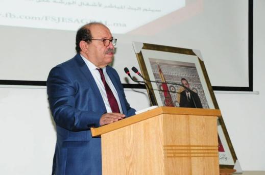رئيس مجلس الجالية يُشيد بانخراط مغاربة العالم في الدفاع عن القضية الوطنية وينشد دعم المراجع باللغات الأجنبية