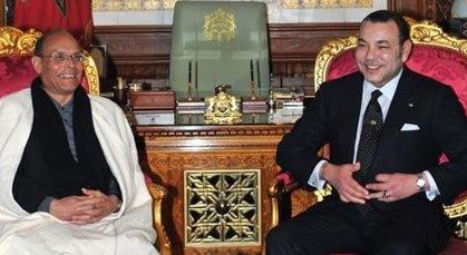 محمد السادس.. أول حاكم عربي يزور تونس بعد الثورة