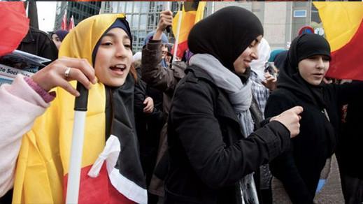 اتهام القائمين على مسجد بالتجسس لصالح المغرب يغضب هيئة المسلمين ببلجيكا