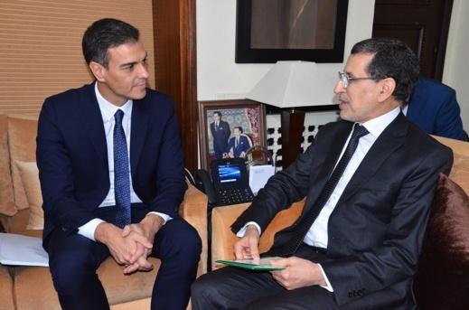 عمال بسبتة ومليلية المحتلتين يطالبون رئيس الوزراء الإسباني بحقوقهم أياما قبل زيارته المرتقبة للمغرب