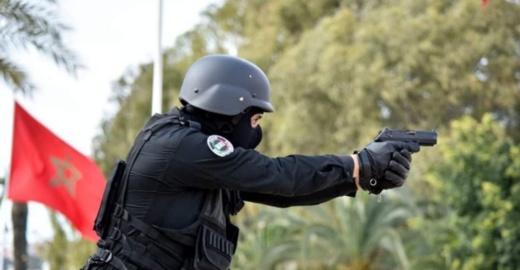 ايقاف شخص خطير باستعمال السلاح الوظيفي