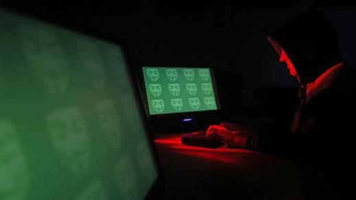 """الجزائر.. """" هاكرز"""" يخترقون عشرات المواقع الإلكترونية لوزارات ومؤسسات عمومية"""