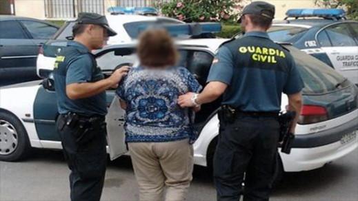 مليلية.. اعتقال سيدة 13 مرة بسبب سرقتها للأشخاص المسنين بمنازلهم