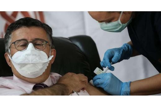 """إيطاليا تفتتح حملة اللقاح بـ""""اليوم الرمزي"""" للتطعيمات ضد كورونا"""