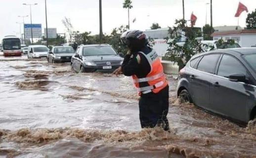 نشرة إنذارية من الدرجة الحمراء.. توقع أمطار رعدية وثلوج في عدد من مناطق المغرب