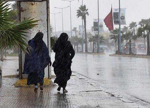 نشرة إنذارية: زخات رعدية قوية ورياح عاصفية وتساقطات ثلجية حتى الاثنين المقبل