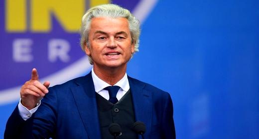 """المتطرف الهولندي المعادي للمسلمين """"خيرت فيلدرز"""" يتعهد بإحداث وزارة تطهير الإسلام وإغلاق المساجد"""