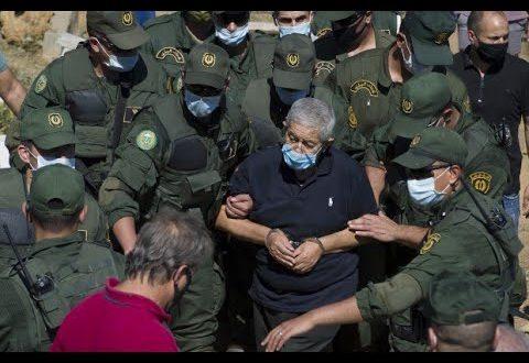 """أويحيى رئيس الوزراء الجزائري الأسبق يعترف: """"نعم، بعتُ الذهب في السوق السوداء"""""""