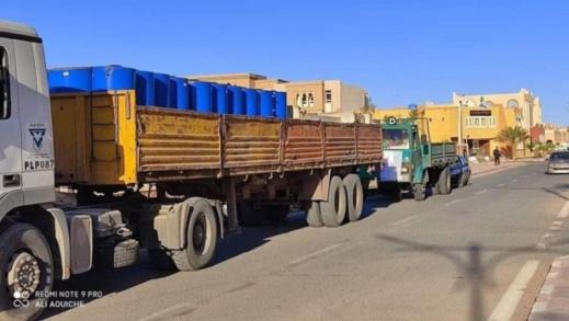 """النظام الجزائري """"يرشي"""" عشرات القياديين في البوليساريو بسخّانات ماء لإغرائهم بالبقاء داخل مخيمات تندوف"""